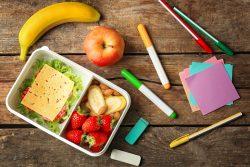 Правильный перекус для ребенка: 10 подсказок для родителей