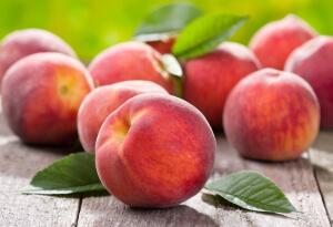 как выбрать фрукты_персики
