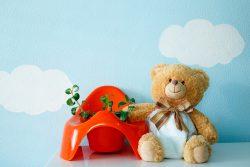 Пенистый стул у ребенка: причины, последствия, что делать