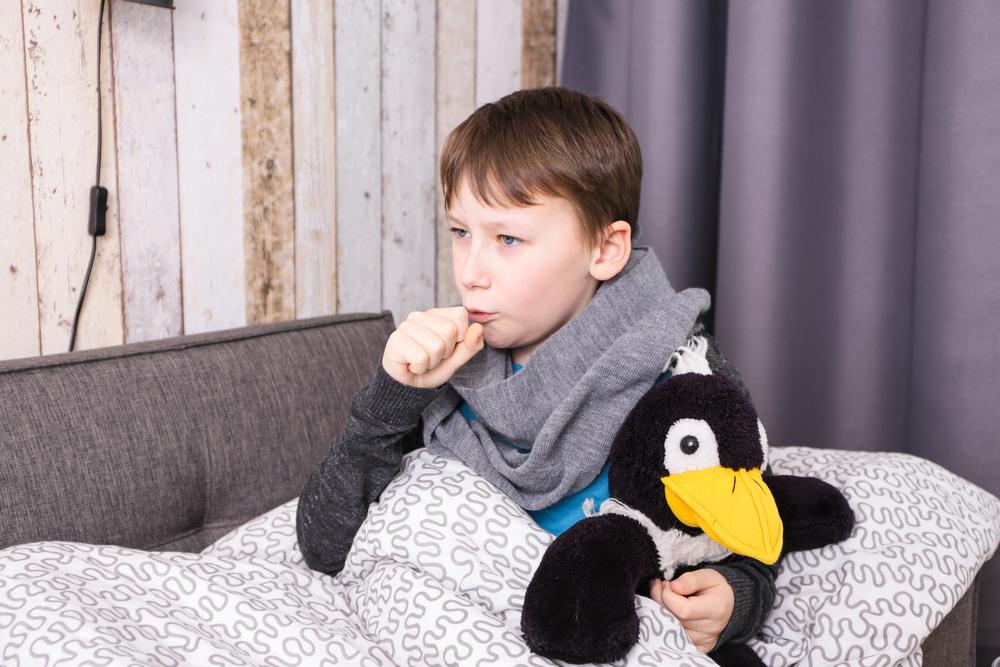 Чем лечить кашель у ребенка ночью