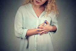 Мастит у кормящей матери: симптомы и лечение. Что делать при застое молока?