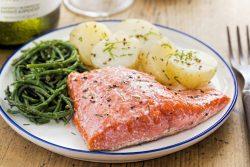 Польза лосося для ребенка, как приготовить правильно