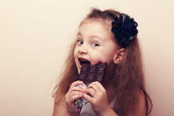С какого возраста можно шоколад детям