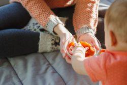 Чем полезна для ребенка курага, с какого возраста можно давать