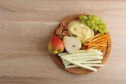 Сыр сулугуни: польза и вред для детей